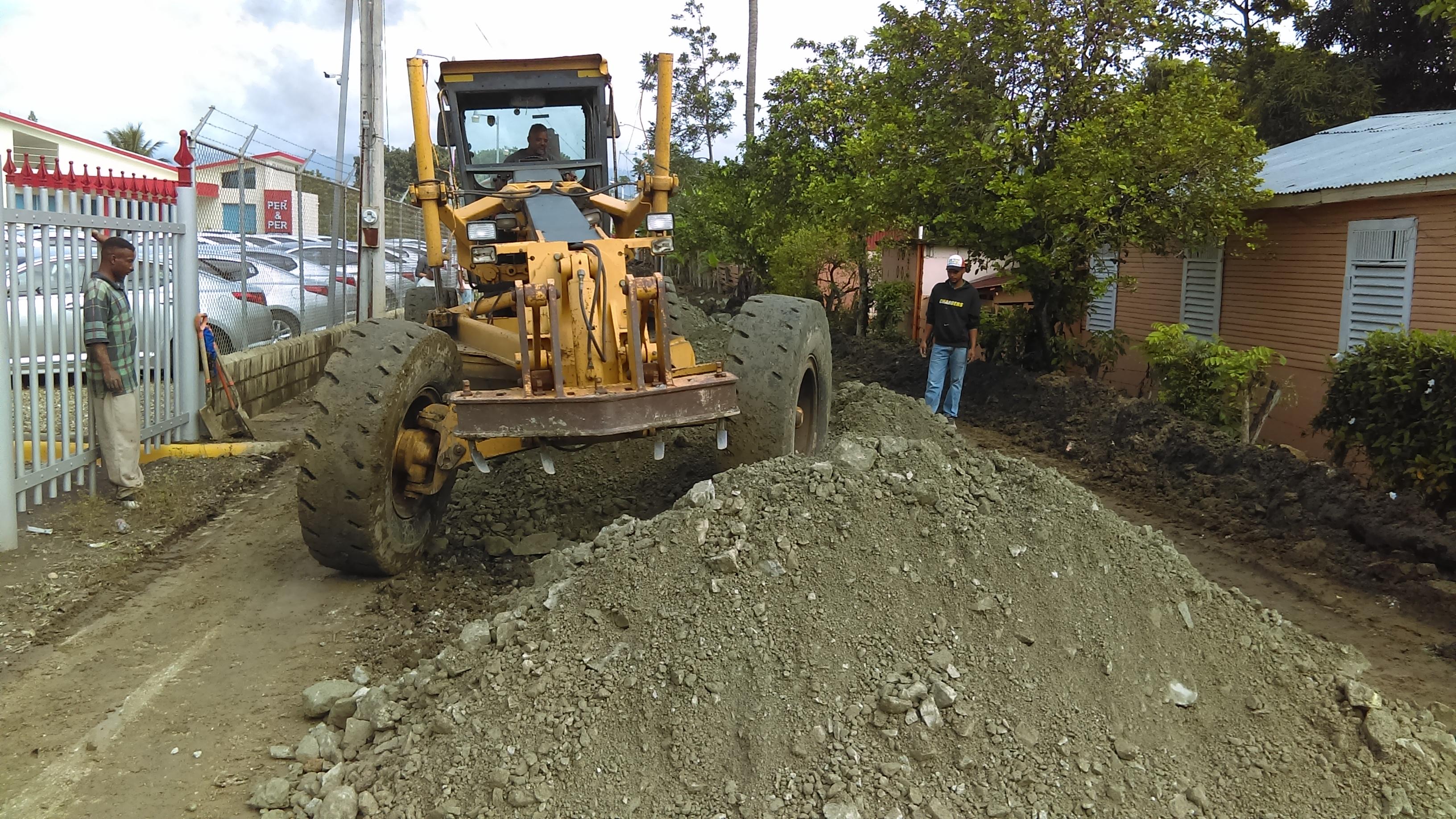 El Ayuntamiento de Moca sigue invirtiendo los fondos de manera equitativa a nivel Municipal.